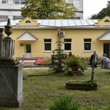 Смоленское православное кладбище, вход